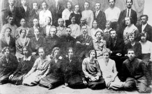 УЧИТЕЛЯ ШКОЛЫ №1. ТИХВИН. 1933 ГОД