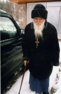 ОТЕЦ ВАСИЛИЙ В ПЕЧОРАХ. 2008 г.