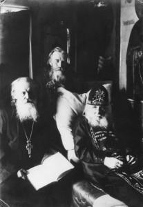 АРХИМАНДРИТ КРОНИД (ЛЮБИМОВ), МОНАХ МАКАРИЙ (МОРЖОВ) И ИЕРОСХИМОНАХ АЛЕКСИЙ (СОЛОВЬЕВ)