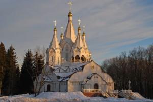 БУТОВО. ХРАМ НОВОМУЧЕНИКОВ И ИСПОВЕДНИКОВ РОССИЙСКИХ