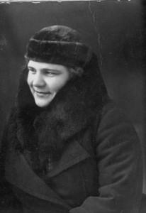 ДОЧЬ САВИЦКИХ – НИНА ЯРОСЛАВОВНА. ФОТО 1939 г.