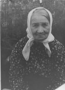 МАРИЯ ФЕДОРОВНА КИШЕНКОВА – ХОЗЯЙКА ДОМА В КОТОРОМ ЖИЛ ОТЕЦ ЯРОСЛАВ. ФОТО 1930-х гг.