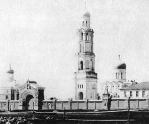 ВСЕХСВЯТСКИЙ ЕДИНОВЕРЧЕСКИЙ МОНАСТЫРЬ В МОСКВЕ. ПОСЛЕДНЯЯ ФОТОГРАФИЯ ПЕРЕД ЗАКРЫТИЕМ В 1922 г.
