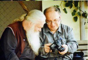 ИГУМЕН ВАЛЕРИЙ (ЛАРИЧЕВ) И АЛЕКСАНДР ТРОФИМОВ. ЯМ. 2010 г.