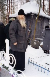 НА МОГИЛЕ СТАРЦА САМПСОНА 2004 г.