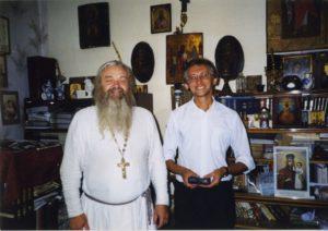 ОТЕЦ ВАЛЕРИЙ В СВОЕМ ДОМЕ. ЯМ. 2000-е гг.